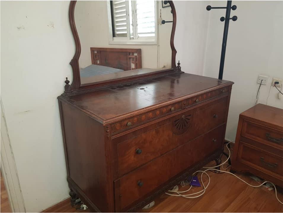 רהיטים לפינוי